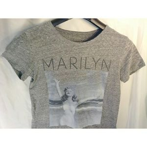 Marilyn Monroe Tops - Marilyn Monroe photography gray shortsleeve tshirt
